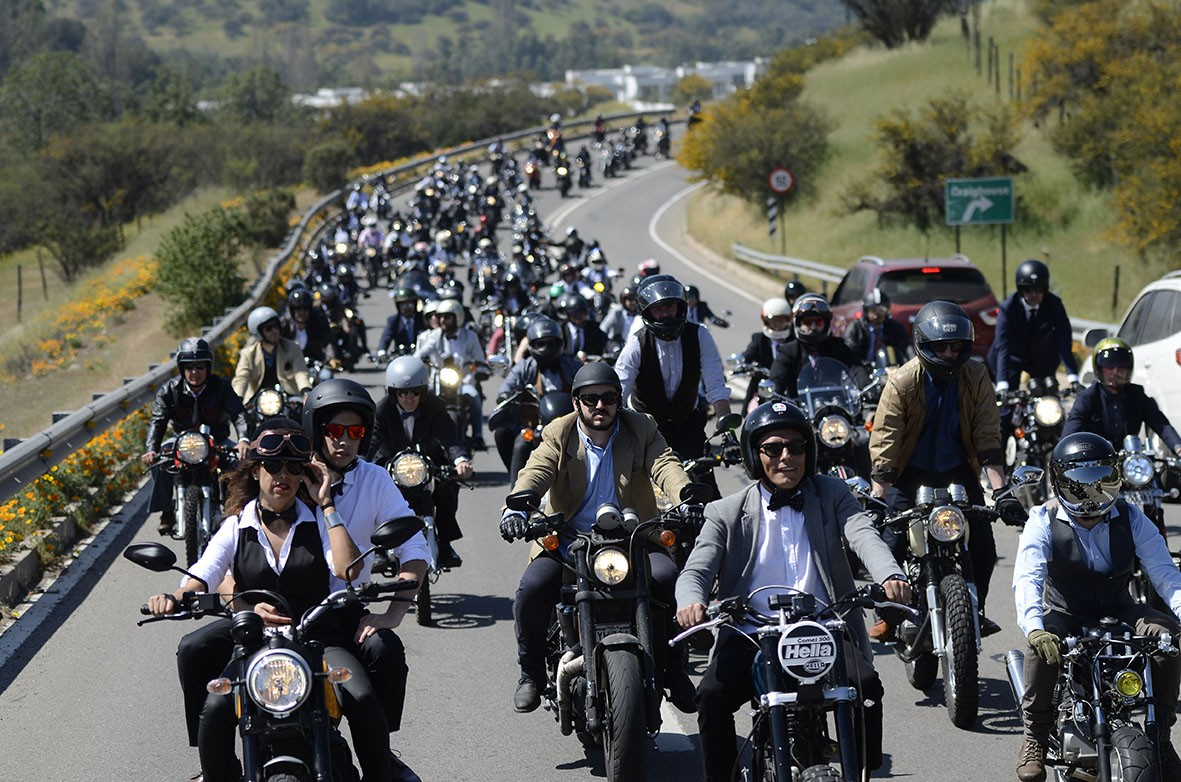 MÁS DE 500 MOTOCICLISTAS SE SUMARON A THE DISTINGUISHED GENTLEMAN'S RIDE CHILE 2016