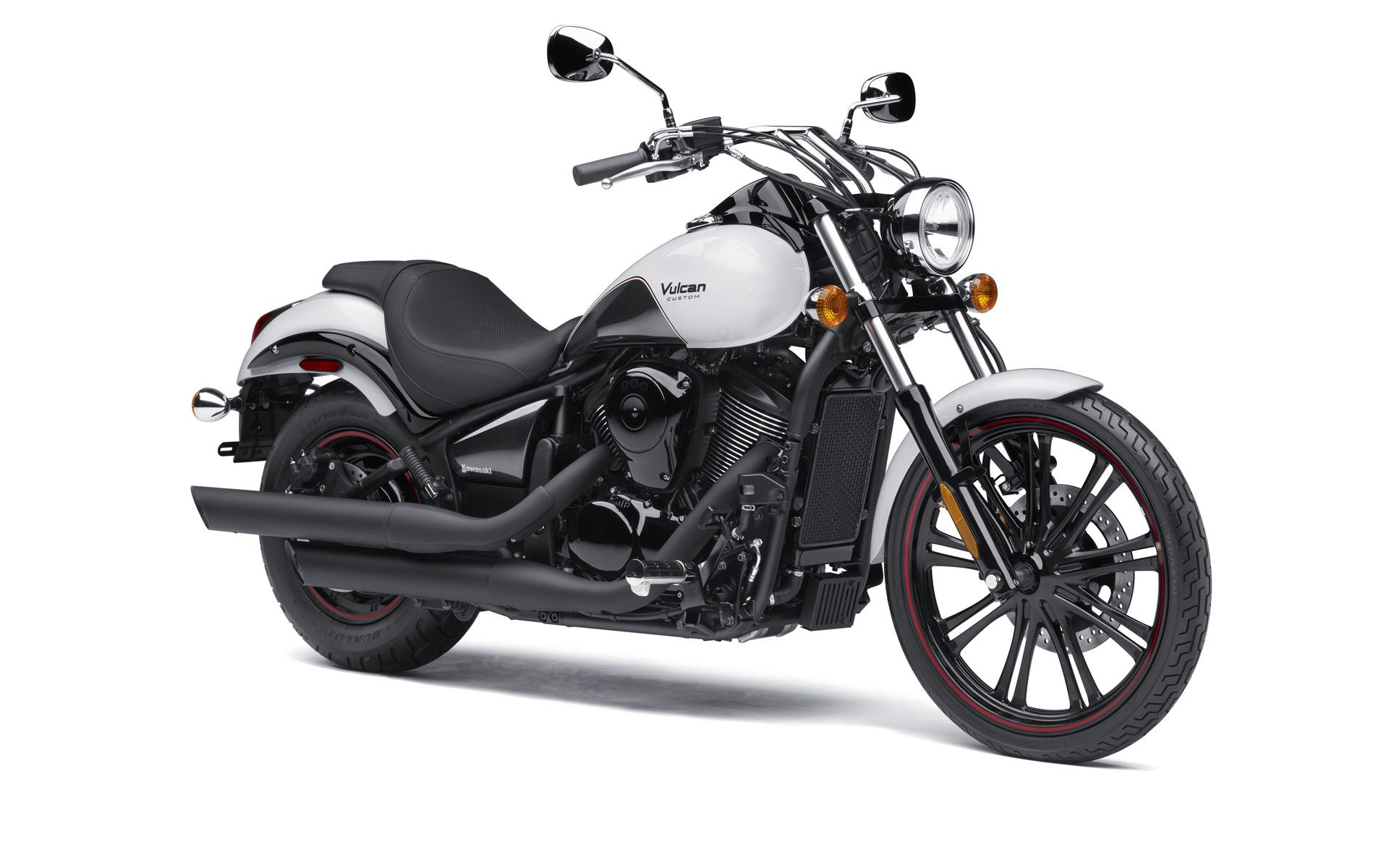 cruisers-kawasaki-vulcan-900-custom-se--pearl-crystal-white-metallic-carbon-gray